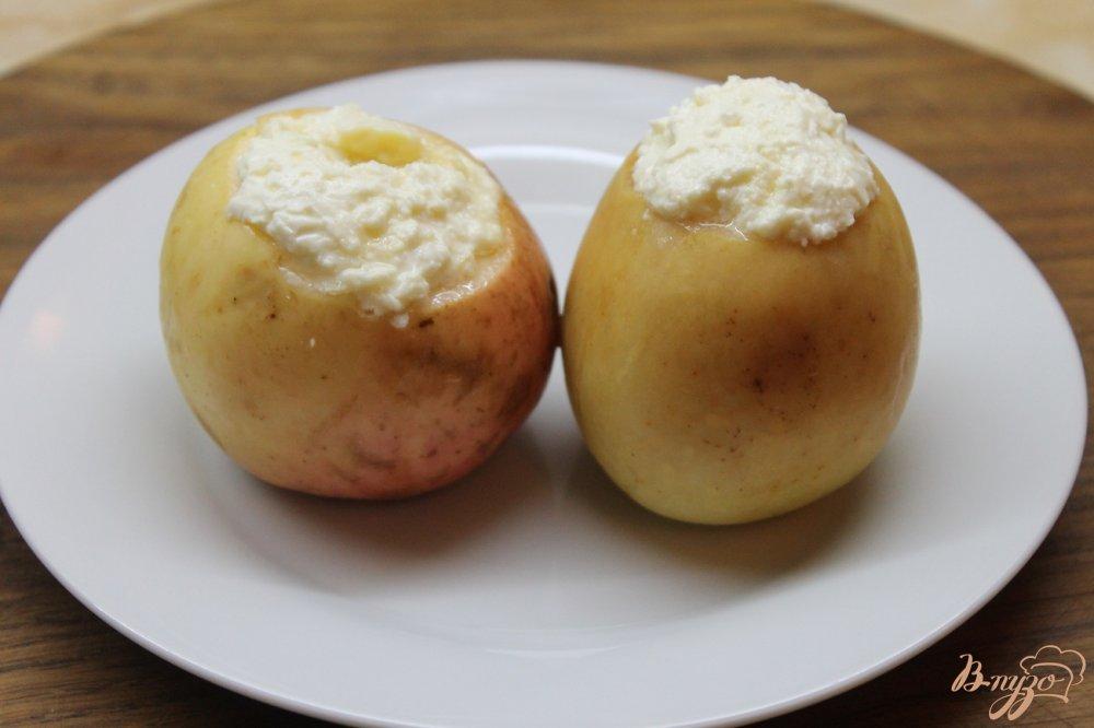 рецепт запеченных яблок в духовке с творогом и медом